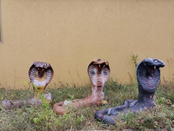 Gartenfigur Cobra