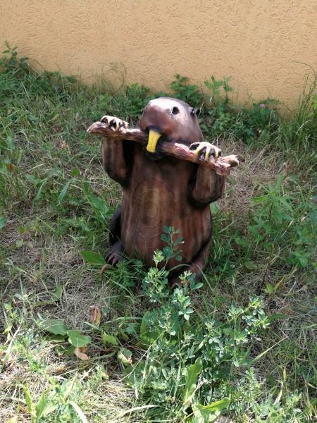 Gartenfigur Biber, fressend